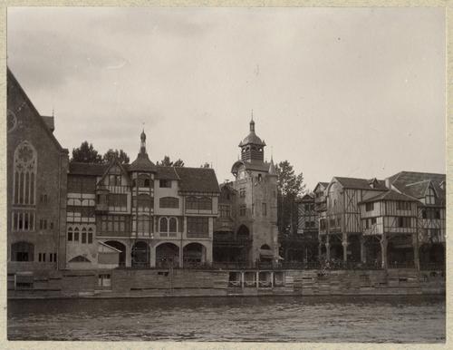 """Paris, souvenirs de l'exposition universelle: le """"Vieux-Paris"""""""